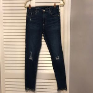 AG Farrah skinny ankle step hem 27 distressed
